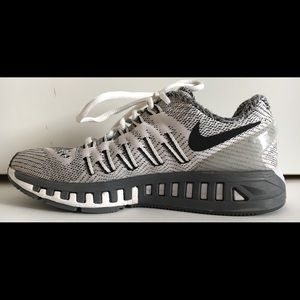 NIKE Women's AIR ZOOM ODYSSEY Sz 6.5 Athletic Shoe